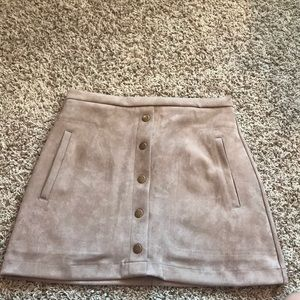 tan/cream button skirt